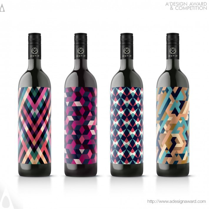 Motif Wine by En Garde Interdisciplinary Gmbh