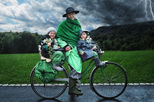 dad-children-photo-manipulations-19-600x400