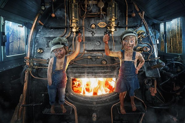 dad-children-photo-manipulations-5-600x400